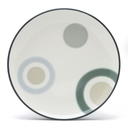 Noritake Colorwave Graphite Radius Accent Plate