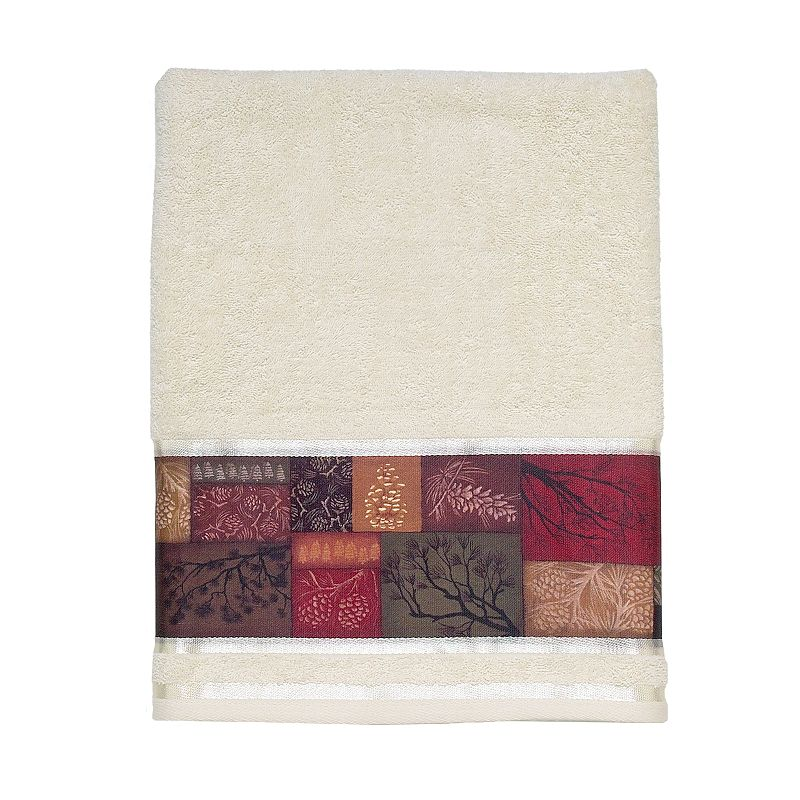 Avanti Christmas Adirondack Pine Bath Towel