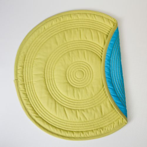 Fiesta Target Quilted Reversible Round Placemat