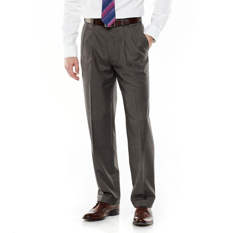 Men's Croft & Barrow® Classic-Fit Wrinkle-Resistant Pleated Comfort Dress Pants