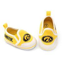 Baby Iowa Hawkeyes Crib Shoes