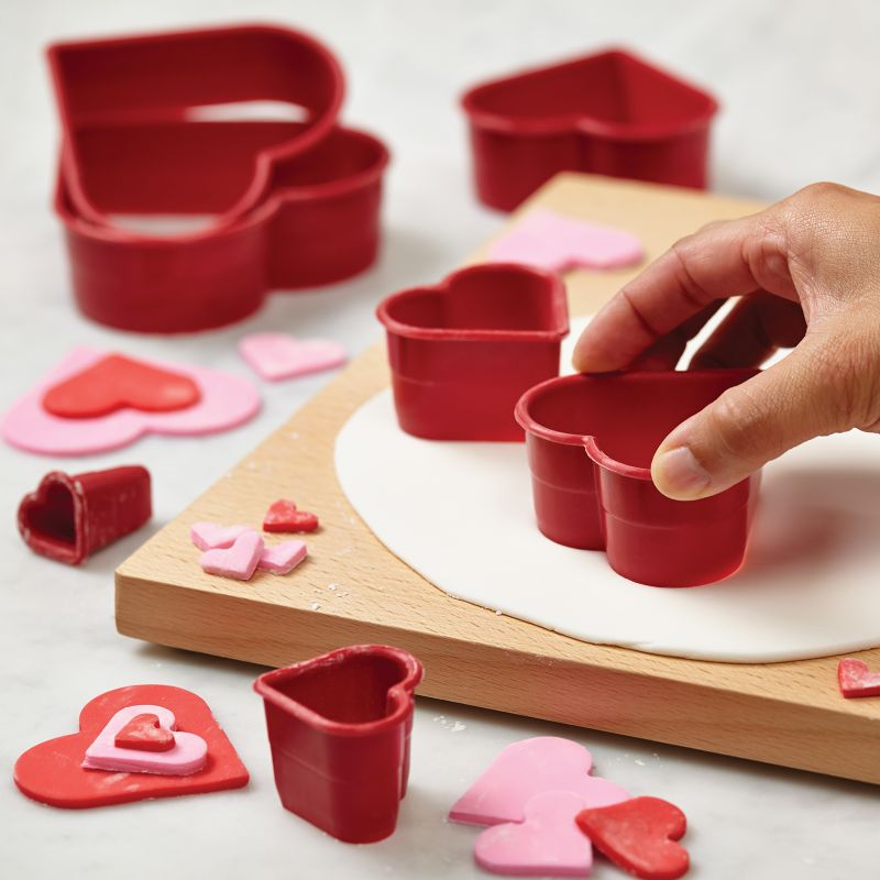 Cake Boss Decorating Tools 7-pc. Heart Fondant & Cookie Cutter Set, Red