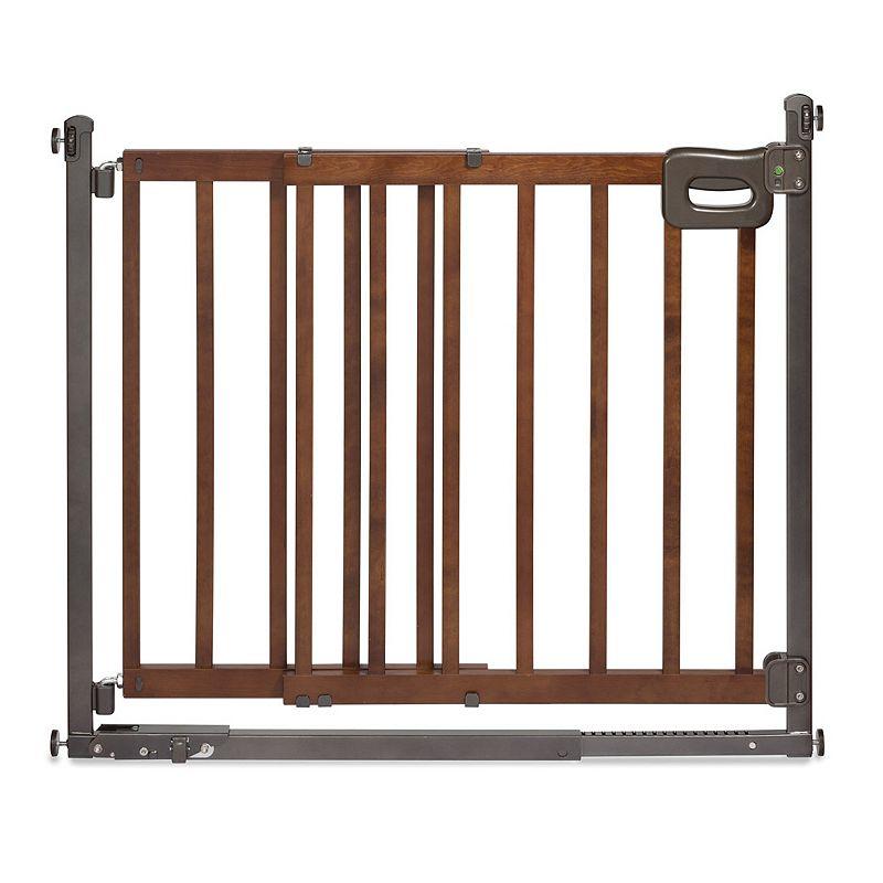 Summer Infant Step to Secure Walk-Thru Gate