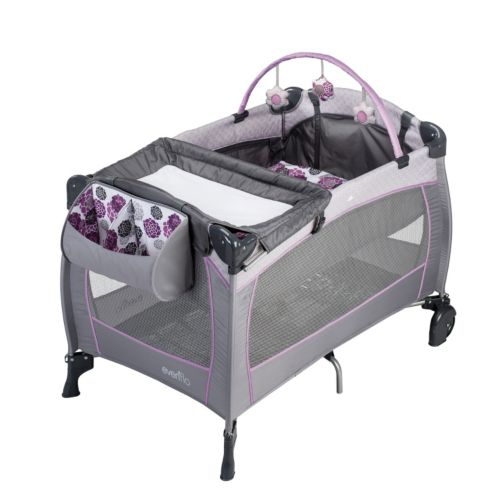 Evenflo Portable Babysuite Deluxe Playard