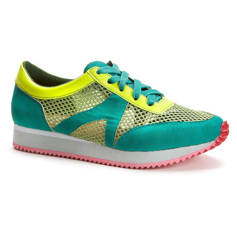 Sacred Heart Xelina Women's Mesh Sneakers