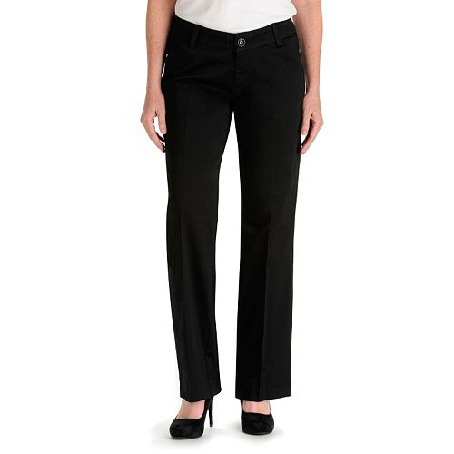 Elegant One Of The Hardest Things To Shop For When You Have Curves To Flatter Is A Good Shirt Poor Tailoring Can Lead To Annoying Gaping, Pulling Or A Generally Unbecoming Silhouette Companies Like Bravissimo Specialize In Clothing Cut To Fit Curvier