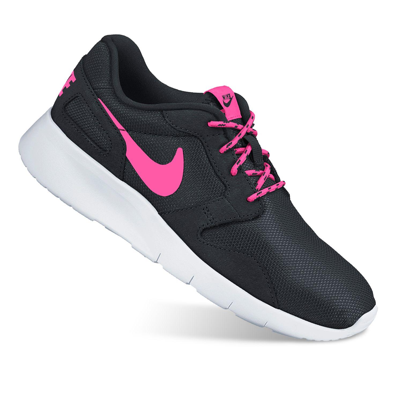 Nike Girls Shoes Black thenavyinn.co.uk/