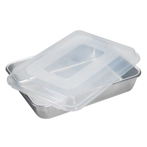 Nordic Ware 9 x 13 Rectangle Cake Pan With Lid