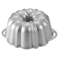 Nordic Ware 60th Anniversary Limited Edition Nonstick Bundt Pan