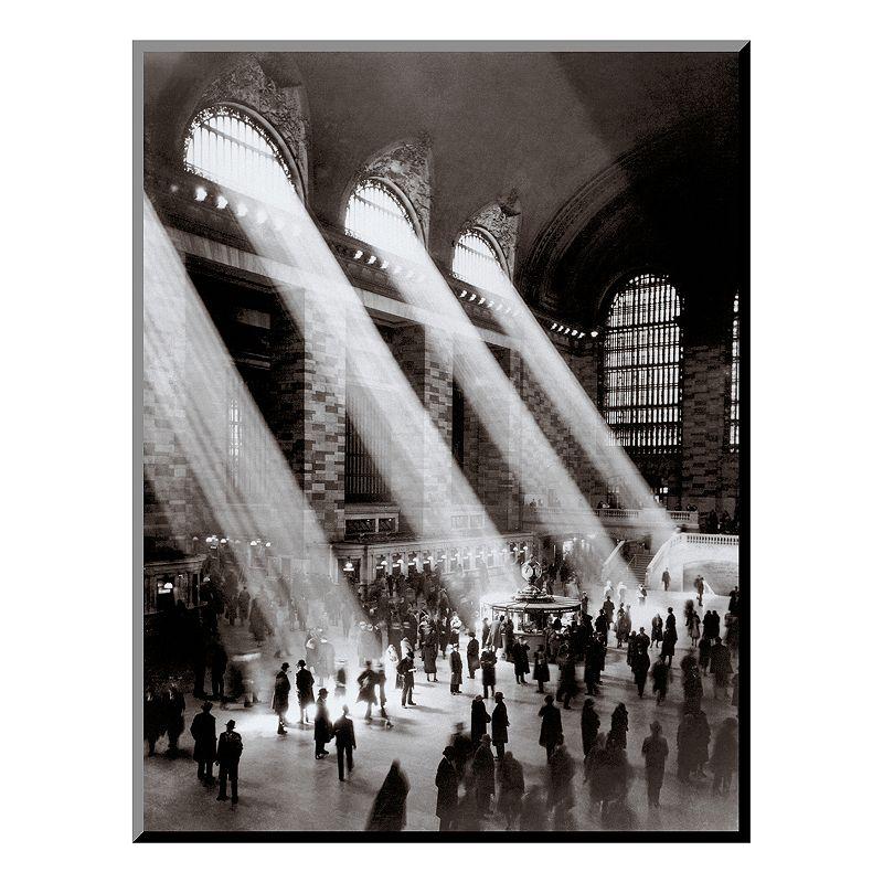Art.com ''Grand Central Station, c. 1930'' Wood Wall Art