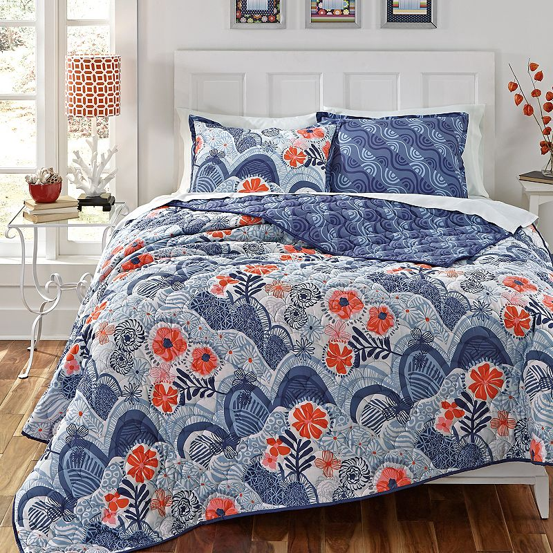 KD Spain Hills and Valleys Reversible Quilt Set