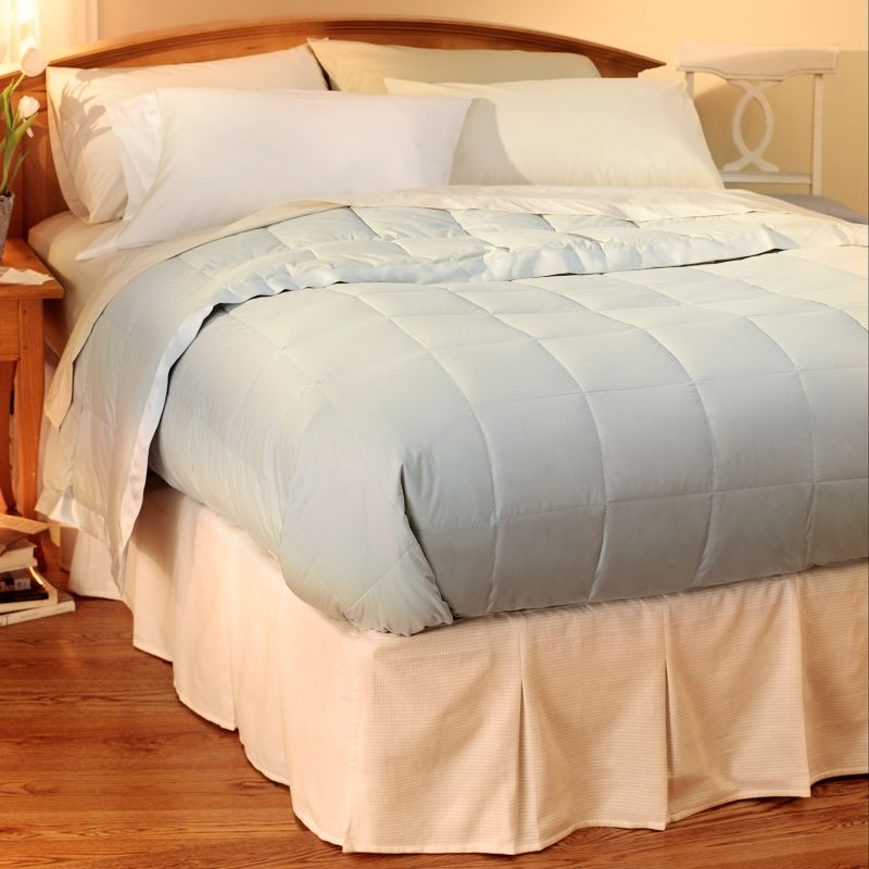 Pacific coast feather pyrenees down comforter queenfull size costco