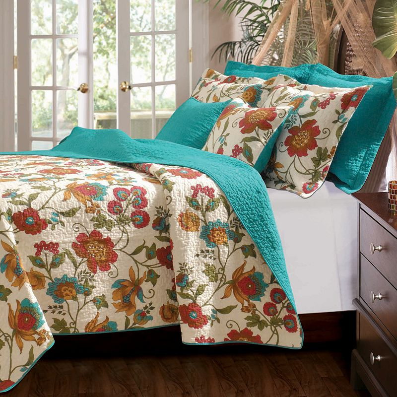 Clearwater Reversible Quilt Set