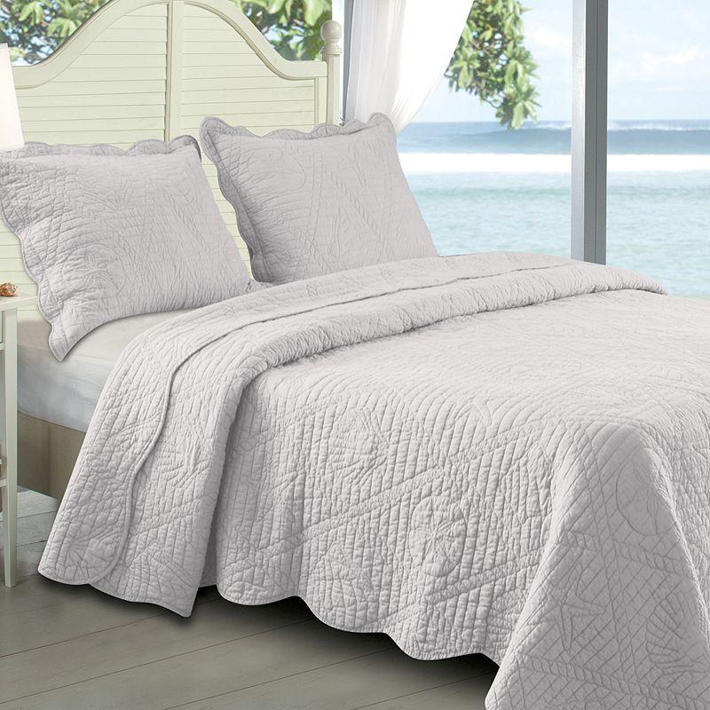 La Jolla Quilt SetWhite Coastal Bedding