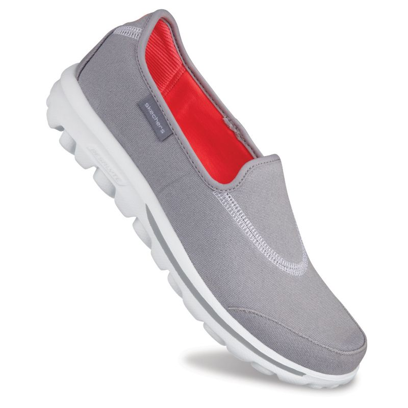 Skechers GOwalk Extend Women's Slip-On Walking Shoes