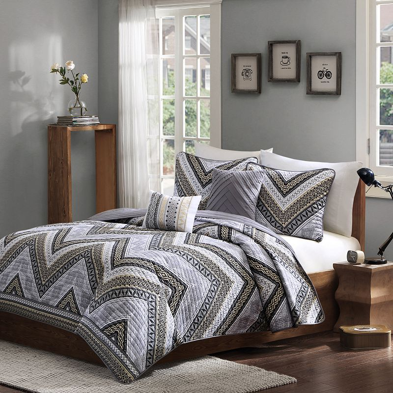 Intelligent Design Eve Chevron Reversible Coverlet Set
