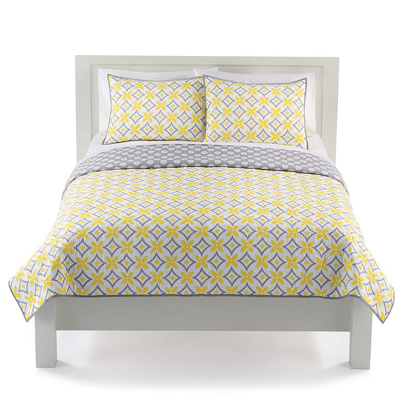 The Big One® Geo Reversible Quilt Set