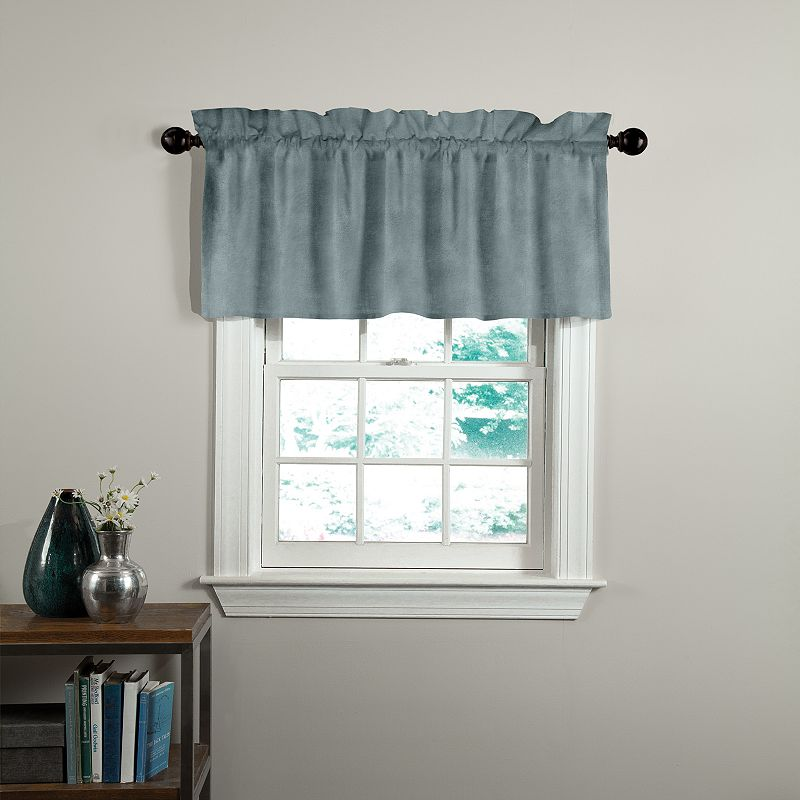 Veratex American Collection Velvet Soft Luxury Valance - 50'' x 17''