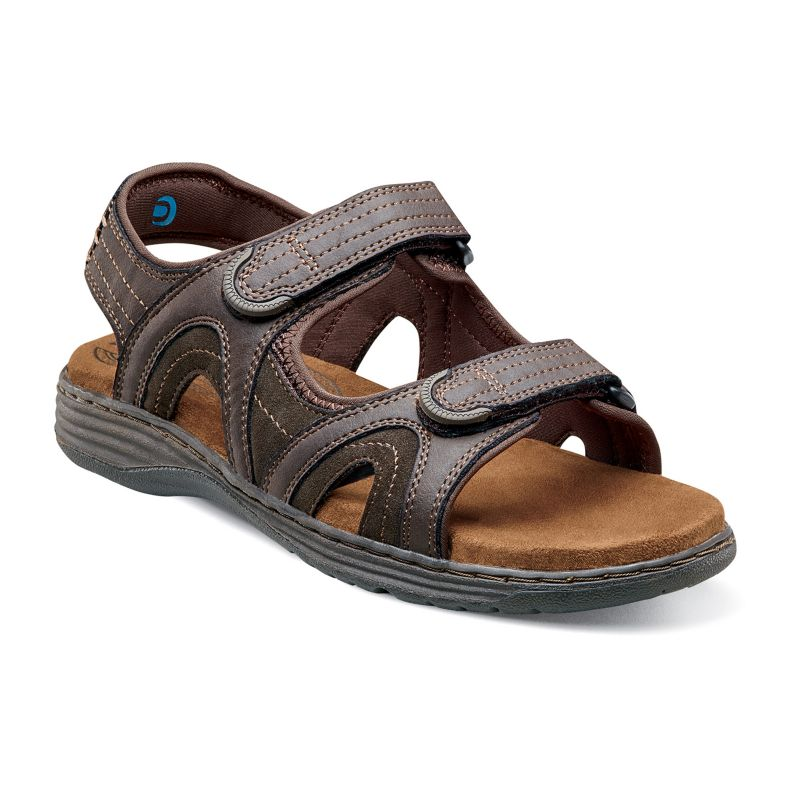 Buy Mens Sandals Online from Shoppers Stop. Visit our website featuring an exclusive collection of Branded Sandals for Mens. Easy Returns Quick Delivery.