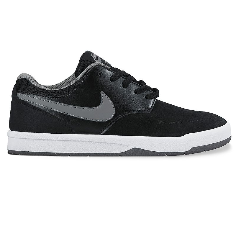 Nike Focus Grade School Boys' Skate Shoes