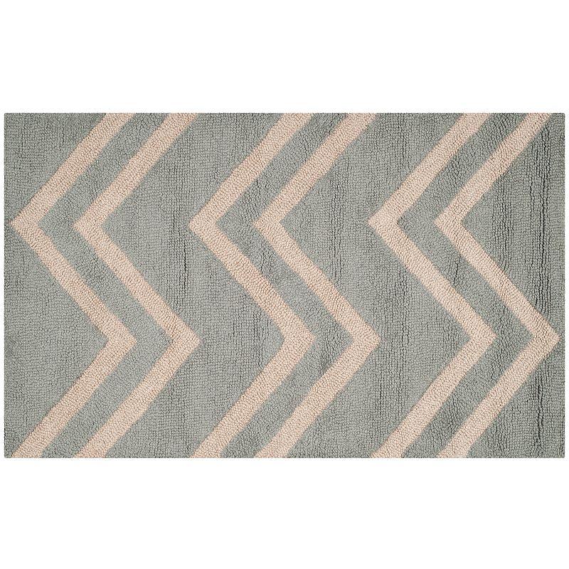 Safavieh Cambridge Wide Chevron Wool Rug