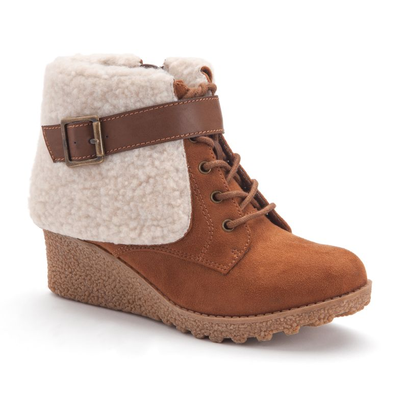 mudd wedge boots brown