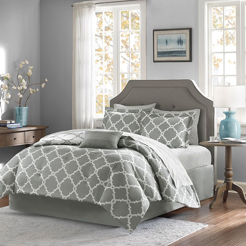 Madison Park Essentials Concord Reversible Bed Set