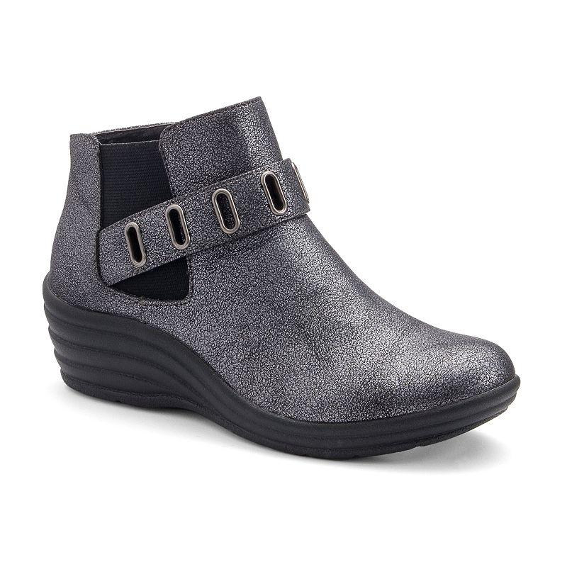 sole (sense)ability Women's Grommet Wedge Ankle Boots