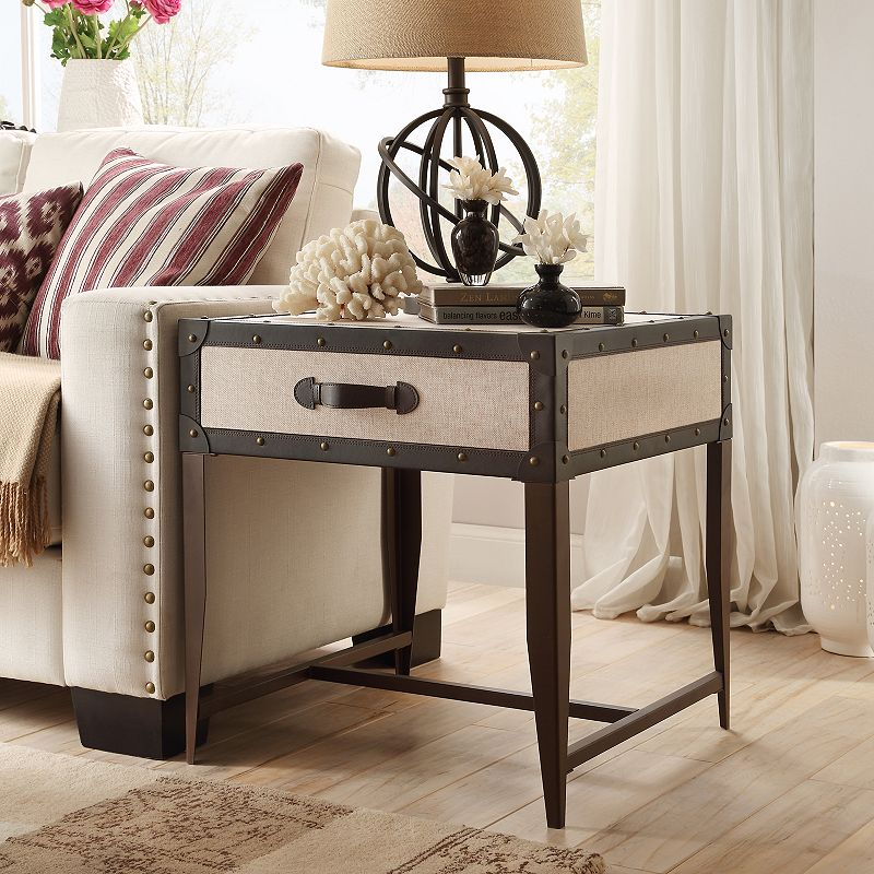 HomeVance Waverly Steamer Trunk End Table