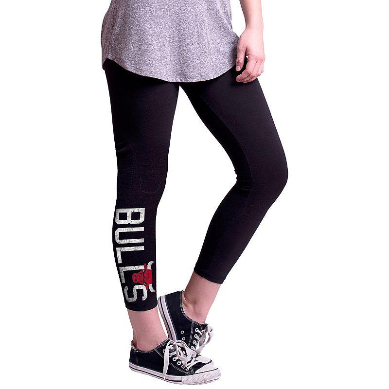 Women's Chicago Bulls True Sport Capri Leggings