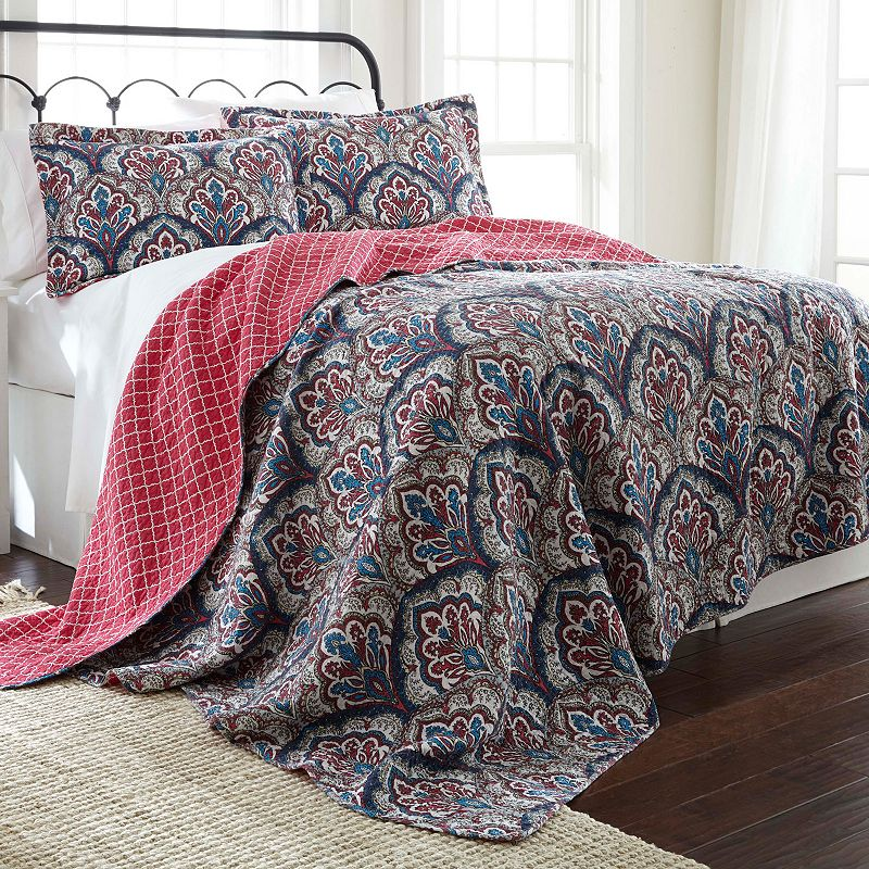 Carly Reversible Quilt Set