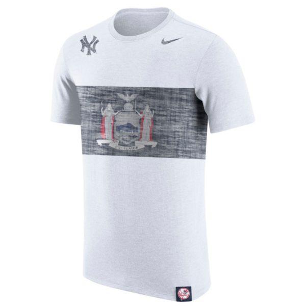Men's Nike New York Yankees Flag Tri-Blend Tee