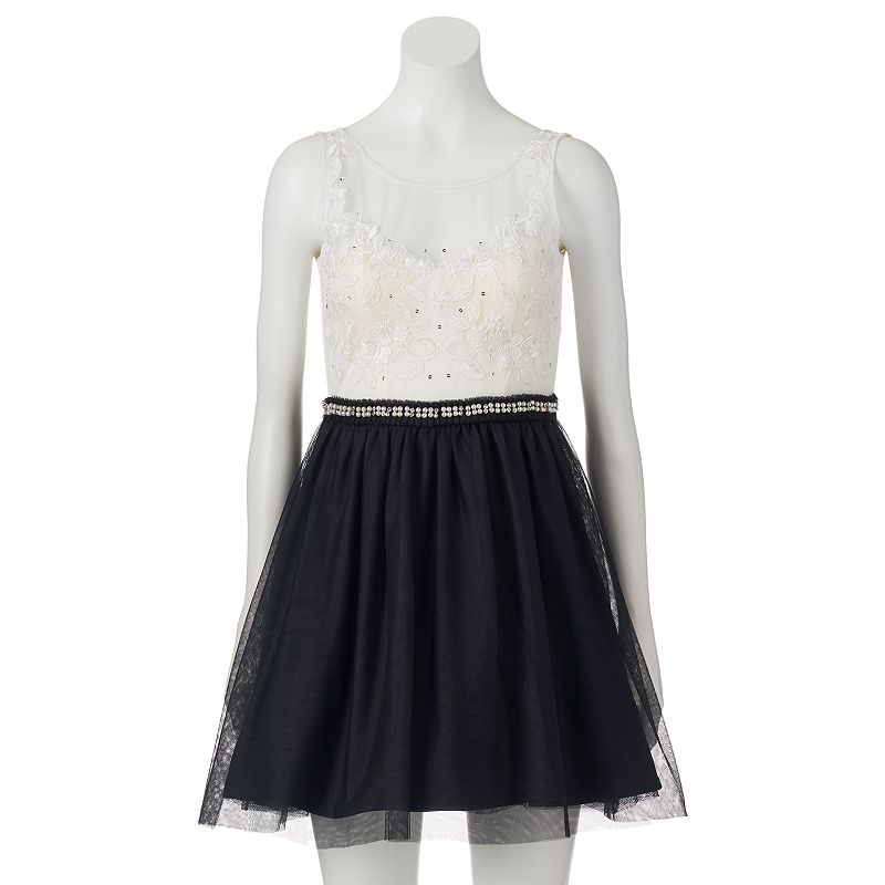 Juniors' Lily Rose Lace Tulle Dress