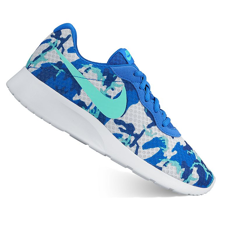 Nike Tanjun Women's Camo Print Athletic Shoes
