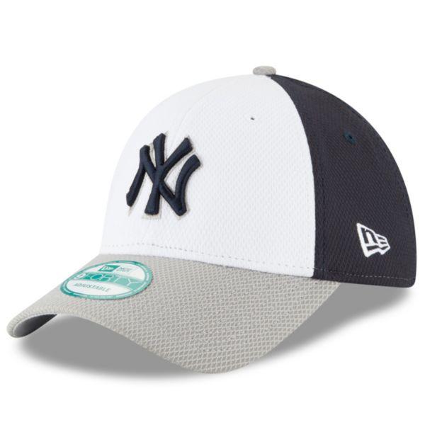 Adult New Era New York Yankees 9FORTY Performance Block Adjustable Cap