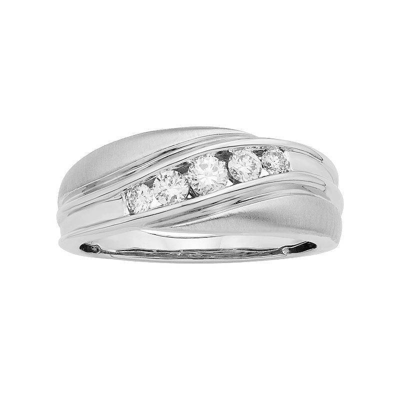 Men's 14k White Gold IGL Certified 1/4 Carat T.W. Diamond Wedding Band