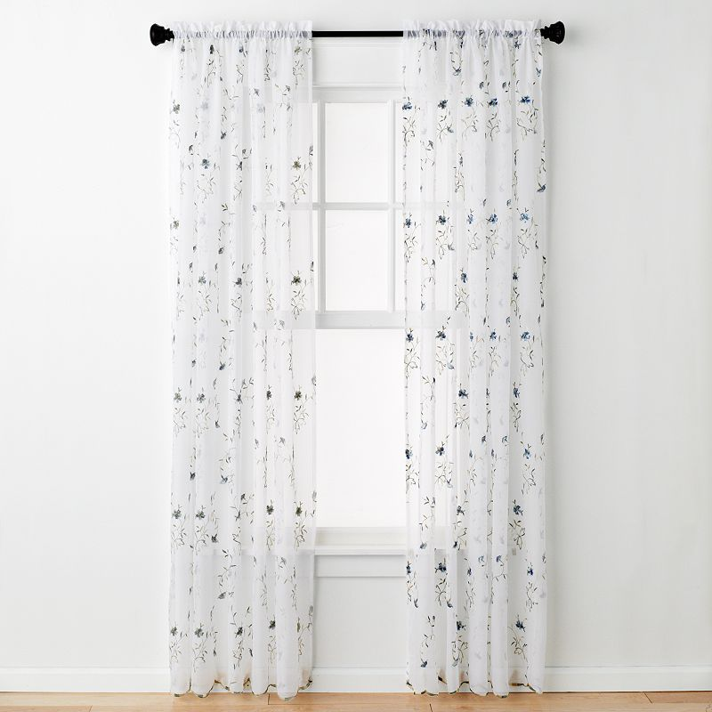 United Curtain Co. Loretta Curtain