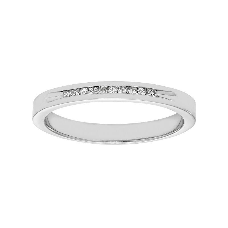 14k White Gold 1/10 Carat T.W. Diamond Anniversary Ring