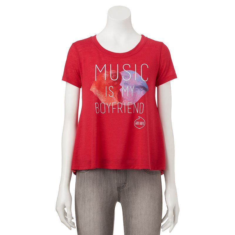Juniors' Pop Up X AwesomenessTV Shine ''Music Is My Boyfriend'' Swing T-Shirt