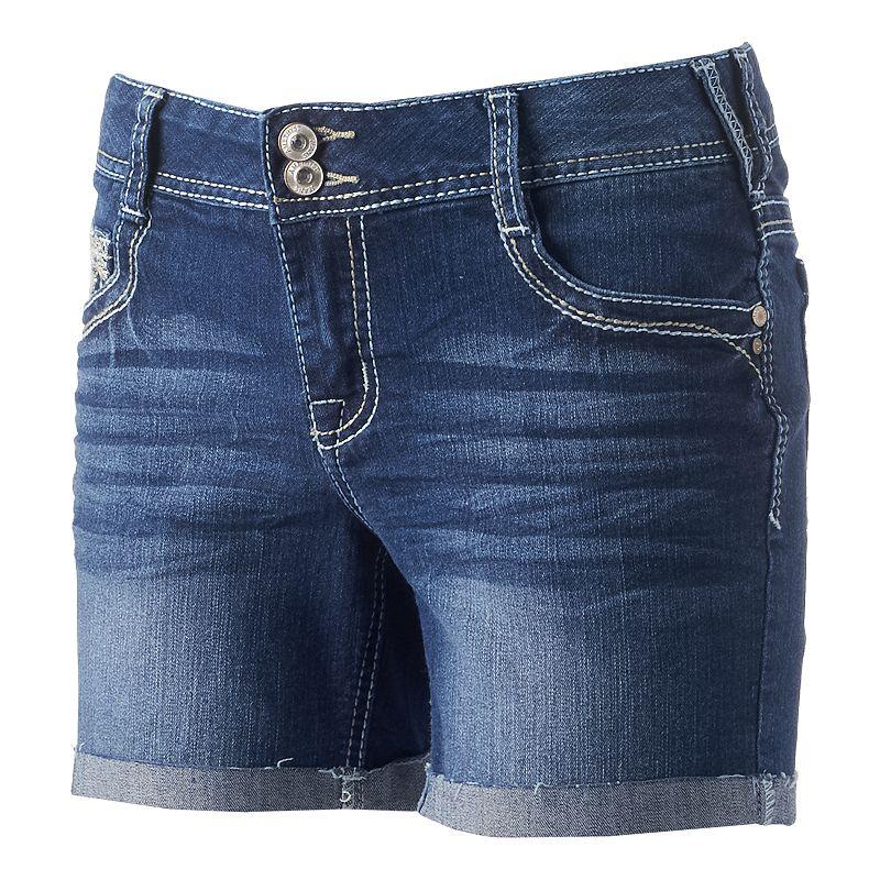 Juniors' Amethyst 2-Button Roll-Cuff Midi Shorts