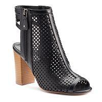 Chelsea & Zoe Matina Women's High-Heels
