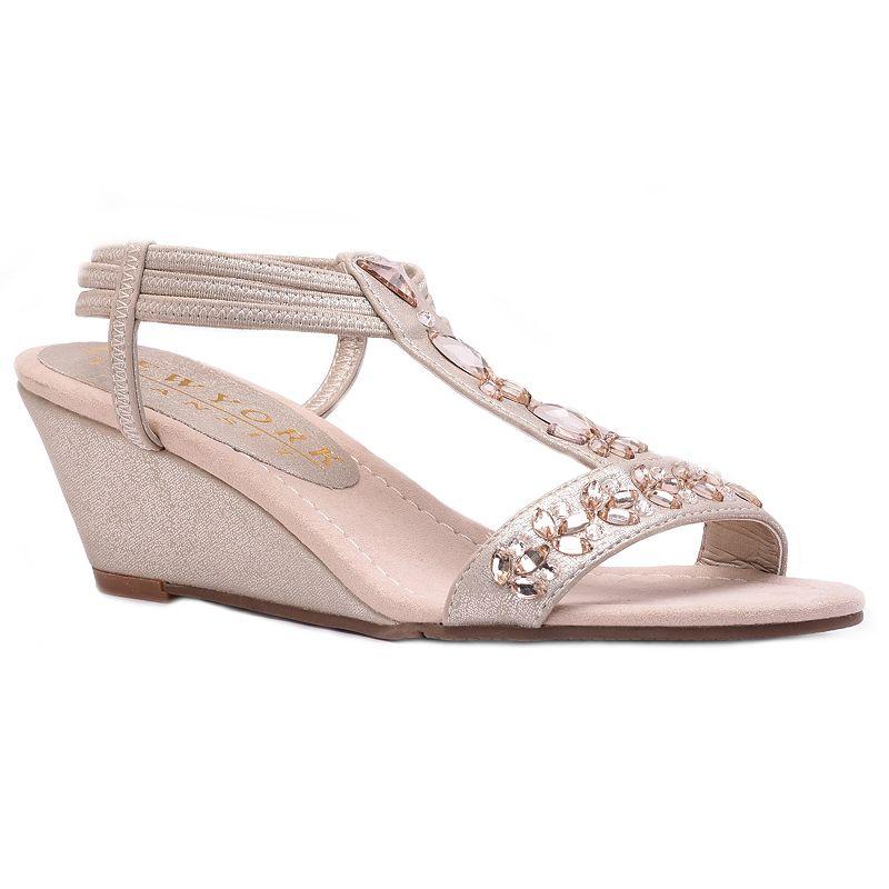 New York Transit Valid Choice Women's Wedge Sandals