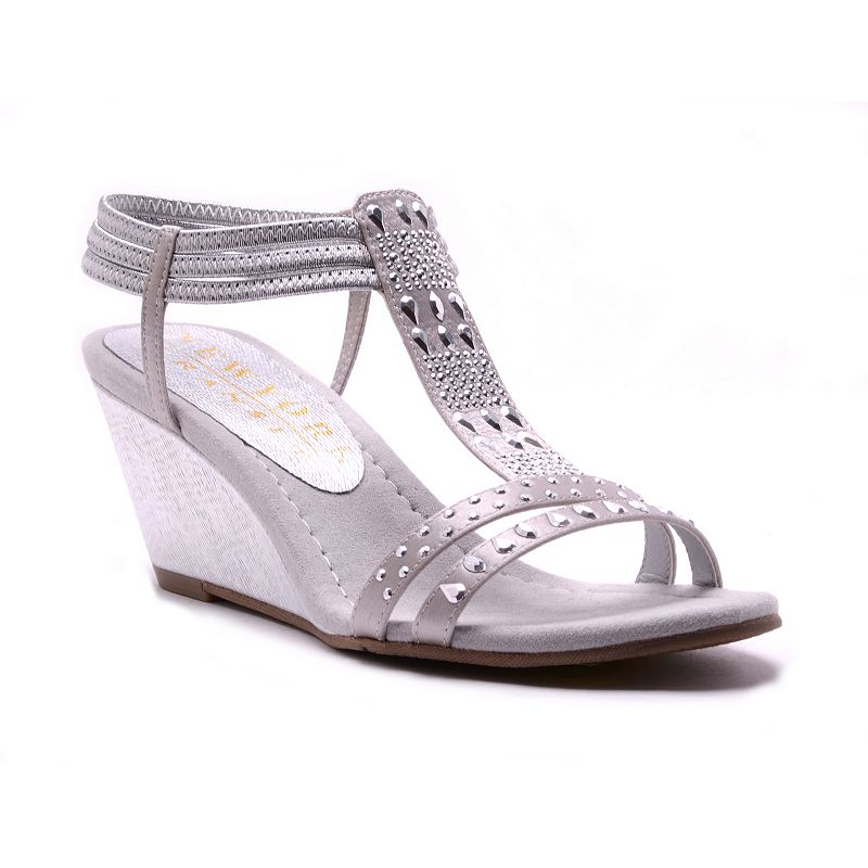 New York Transit Veritably Awesome Women's Wedge Sandals
