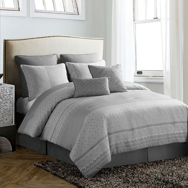 VCNY Quincy 8-piece Bed Set
