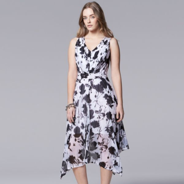 Plus Size Simply Vera Vera Wang Floral Mesh Sharkbite Hem Dress