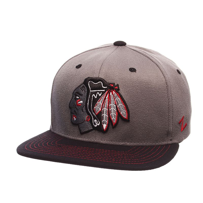 Adult Chicago Blackhawks Nebulous Stretch-Fit Cap