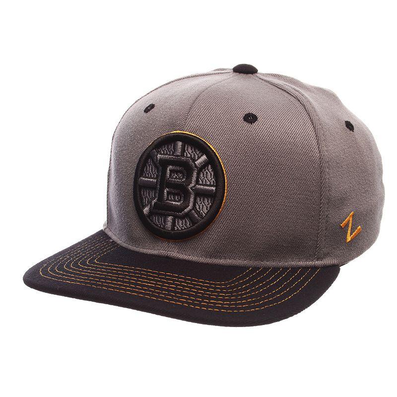 Adult Boston Bruins Nebulous Stretch-Fit Cap