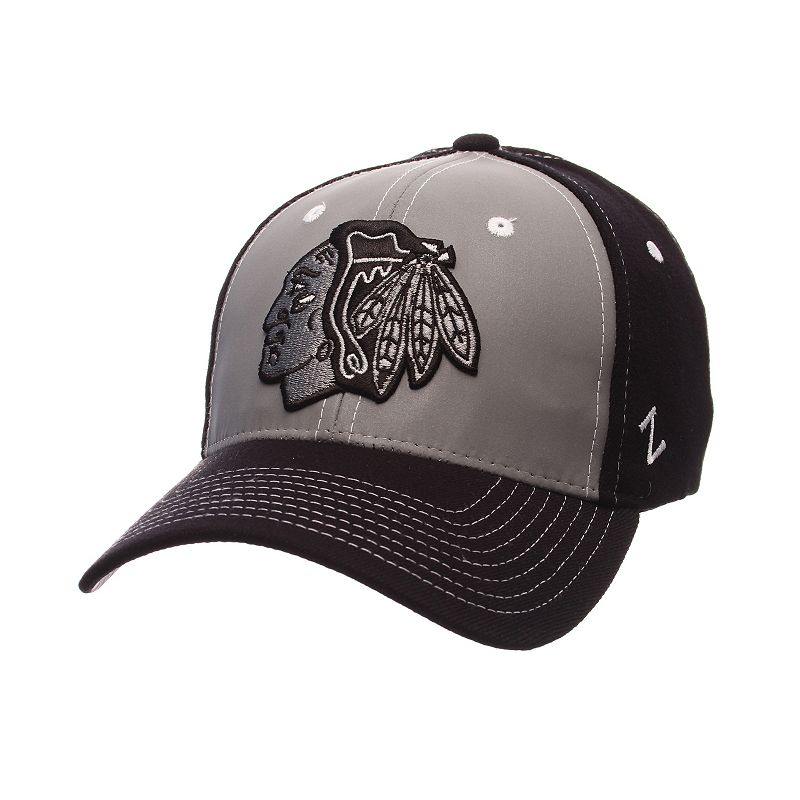 Adult Zephyr Chicago Blackhawks Night Game Stretch-Fit Cap