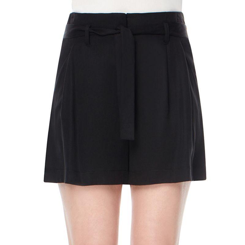 Women's Harve Benard Modern Fit Pleated Shorts
