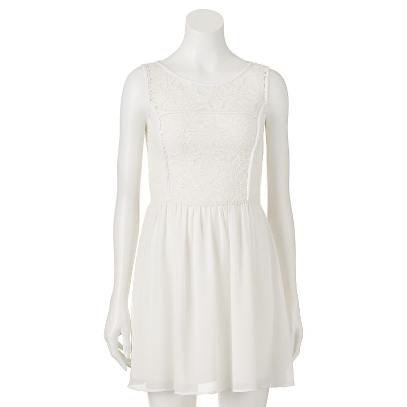 Juniors' Lily Rose Lace Illusion Dress